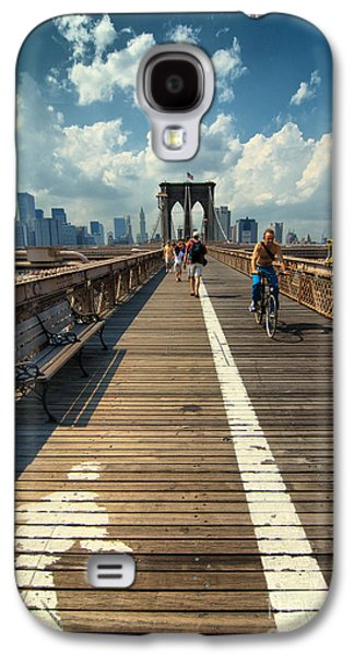 Landmark Photographs Galaxy S4 Cases - Lanes for pedestrian and bicycle traffic on the Brooklyn Bridge Galaxy S4 Case by Amy Cicconi