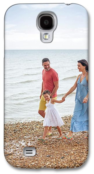 Parents On Beach With Daughter Galaxy S4 Case by Ian Hooton