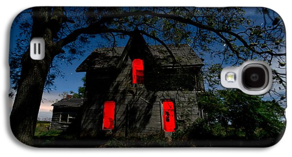Creepy Galaxy S4 Cases - 3am at the Farmhouse  Galaxy S4 Case by Cale Best