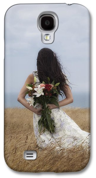 Floating Girl Galaxy S4 Cases - Bouquet Of Flowers Galaxy S4 Case by Joana Kruse