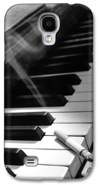 Pianist Photographs Galaxy S4 Cases - Untitled Galaxy S4 Case by Didier Gaillard