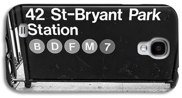Bryant Park Galaxy S4 Cases - 42nd St Bryant Park Station mono Galaxy S4 Case by John Rizzuto