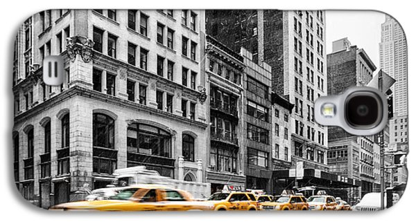 The New York New York Galaxy S4 Cases - 5th Avenue yellow cab Galaxy S4 Case by John Farnan