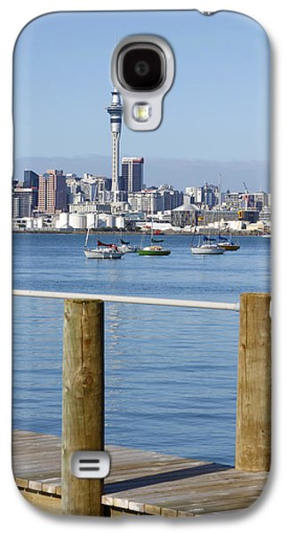 Building Photographs Galaxy S4 Cases - Auckland Galaxy S4 Case by Les Cunliffe