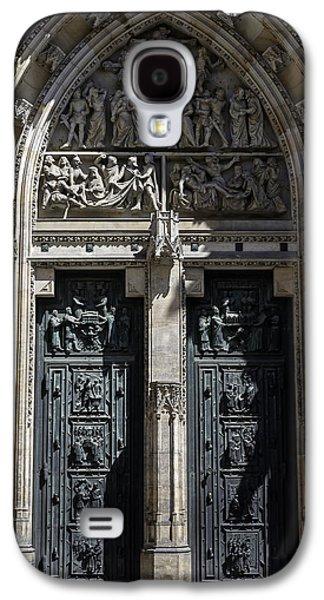 Saint Vitus Cathedral. Galaxy S4 Case by Fernando Barozza