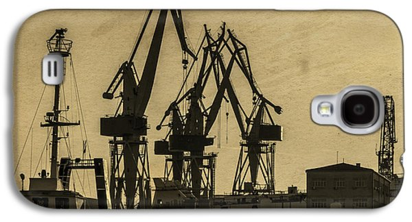 Business Pyrography Galaxy S4 Cases - Industrial cargo cranes in the dock Galaxy S4 Case by Oliver Sved