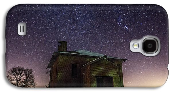 Abandoned House Photographs Galaxy S4 Cases - A cold dark place Galaxy S4 Case by Aaron J Groen