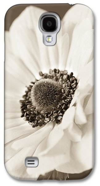 The Nature Center Galaxy S4 Cases - A Focus on the Details Galaxy S4 Case by Caitlyn  Grasso