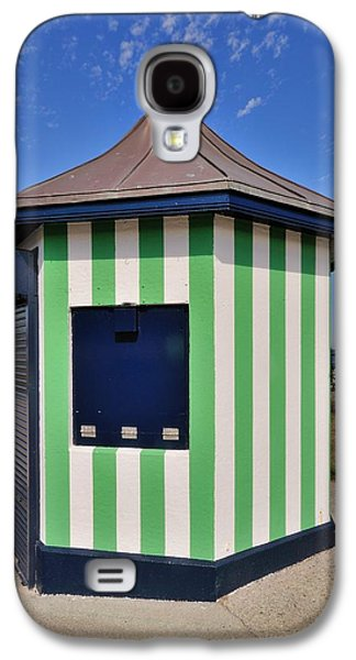Architectur Galaxy S4 Cases - The Green kiosk on the promenade in Bray Ireland Galaxy S4 Case by Frazer Ashford