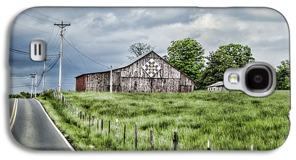 Tn Barn Galaxy S4 Cases - A Quilted Barn Galaxy S4 Case by Heather Applegate