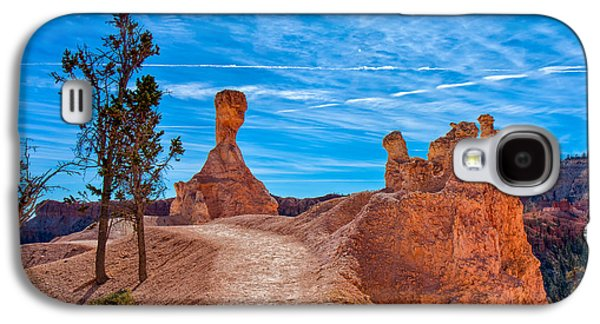 Landscapes Photographs Galaxy S4 Cases - A Stroll in Bryce Galaxy S4 Case by John Bailey