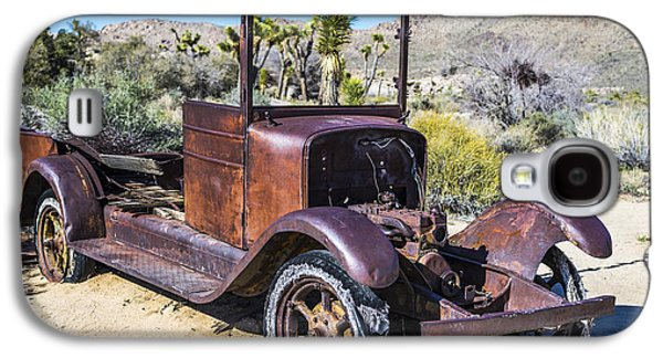 Rusted Cars Galaxy S4 Cases - Abandoned Desert Car Galaxy S4 Case by Joseph S Giacalone
