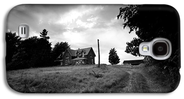 Creepy Galaxy S4 Cases - Abandoned Farm Home Galaxy S4 Case by Cale Best