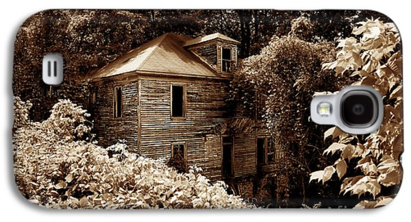 Old House Photographs Galaxy S4 Cases - Abandoned in Time Galaxy S4 Case by Melissa Petrey