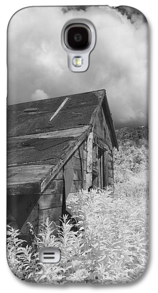 Mining Photos Galaxy S4 Cases - Abandoned Miners Shack In The Hatcher Galaxy S4 Case by Mark Stadsklev