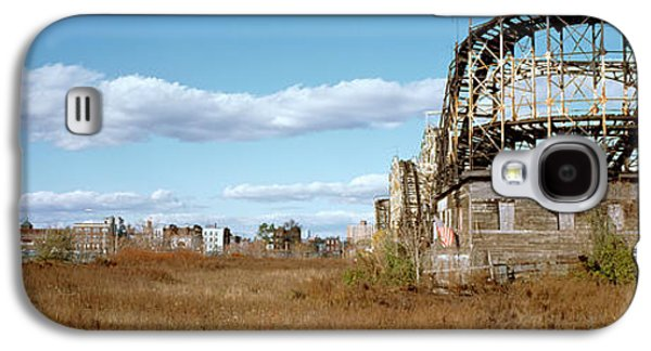 Rollercoaster Photographs Galaxy S4 Cases - Abandoned Rollercoaster In An Amusement Galaxy S4 Case by Panoramic Images