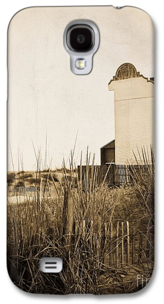 Original Art Photographs Galaxy S4 Cases - Absence of Noise in Sepia Galaxy S4 Case by Colleen Kammerer
