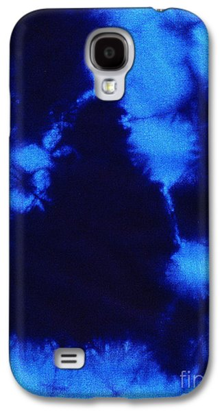 Light Tapestries - Textiles Galaxy S4 Cases - Abstract blue batik pattern Galaxy S4 Case by Kerstin Ivarsson