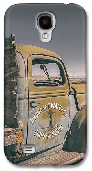 Old Trucks Photographs Galaxy S4 Cases - Abundant Water Galaxy S4 Case by Joseph Smith
