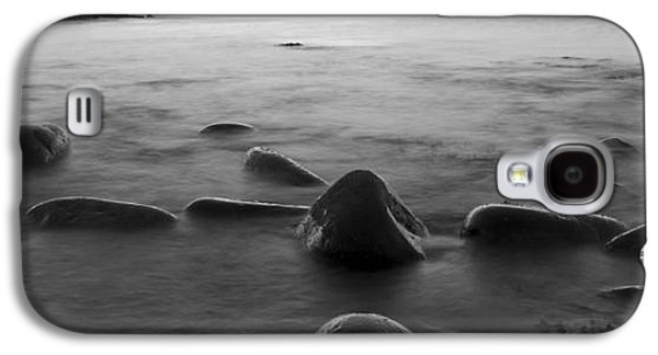 Alga Galaxy S4 Cases - Acadia National Park Shoreline Sunrise Wakeup Black and White Galaxy S4 Case by Glenn Gordon