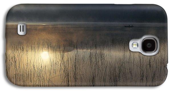Fog Photographs Galaxy S4 Cases - Adirondack Sunrise Galaxy S4 Case by Magda  Bognar