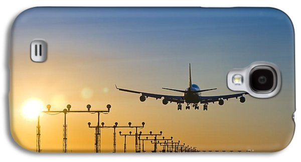 Technological Photographs Galaxy S4 Cases - Airplane Landing At Sunset, Canada Galaxy S4 Case by David Nunuk