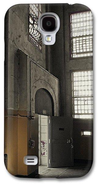 Alcatraz Photographs Galaxy S4 Cases - ALCATRAZ DOORWAY to FREEDOM Galaxy S4 Case by Daniel Hagerman