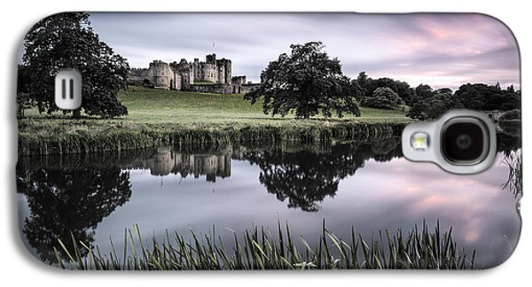 Castle Photographs Galaxy S4 Cases - Alnwick Castle Sunset Galaxy S4 Case by Dave Bowman