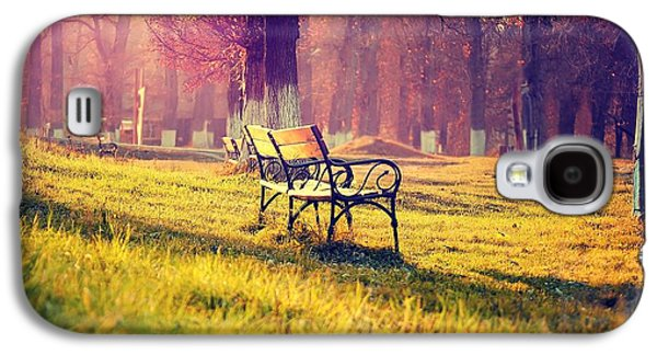 Alone Digital Art Galaxy S4 Cases - Alone in the Park Galaxy S4 Case by Gianfranco Weiss