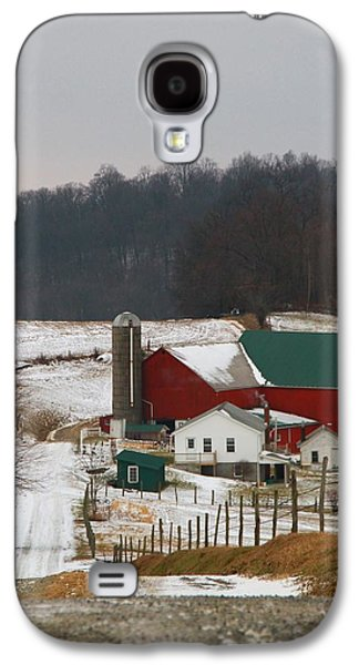 Red Barn In Winter Photographs Galaxy S4 Cases - Amish Barn In Winter Galaxy S4 Case by Dan Sproul