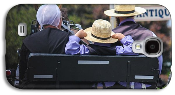 Amish Family Photographs Galaxy S4 Cases - Amish Buggy Ride Galaxy S4 Case by Brad Fuller