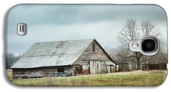 Tennessee Barn Galaxy S4 Cases - An Old Gray Barn Galaxy S4 Case by Jai Johnson