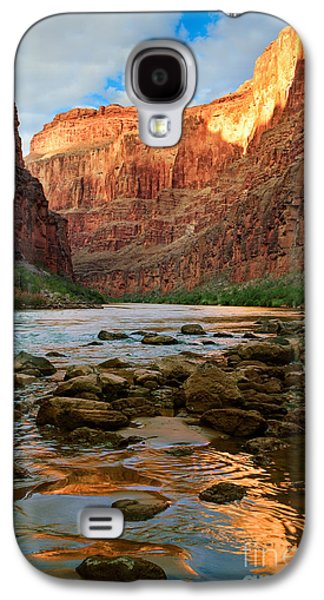 Grand Canyon Photographs Galaxy S4 Cases - Ancient Shore Galaxy S4 Case by Inge Johnsson