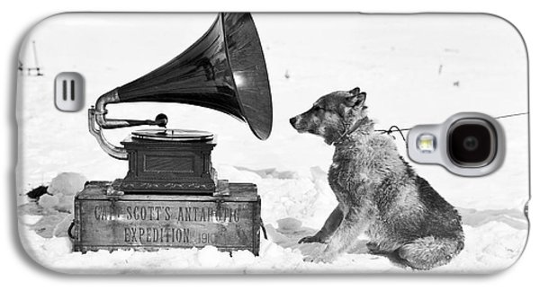 Antarctic Sled Dog And Gramophone Galaxy S4 Case by Scott Polar Research Institute