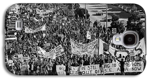 Anti Vietnam War Demonstration Galaxy S4 Case by Underwood Archives Adler