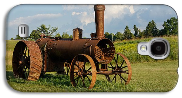 Machinery Galaxy S4 Cases - Antique And Rusty - an Old Iron Tractor on a Farm Galaxy S4 Case by Georgia Mizuleva