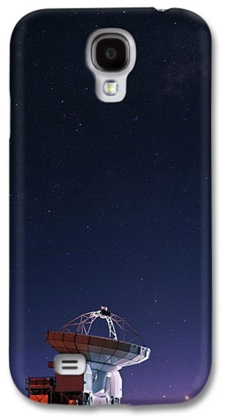 Apex Radio Telescope And Night Sky Galaxy S4 Case by Babak Tafreshi