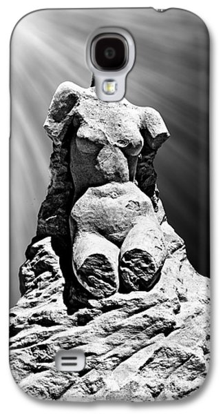 Statue Portrait Galaxy S4 Cases - Aphrodite of Milos Styled Sand Castle Galaxy S4 Case by Tom Gari Gallery-Three-Photography