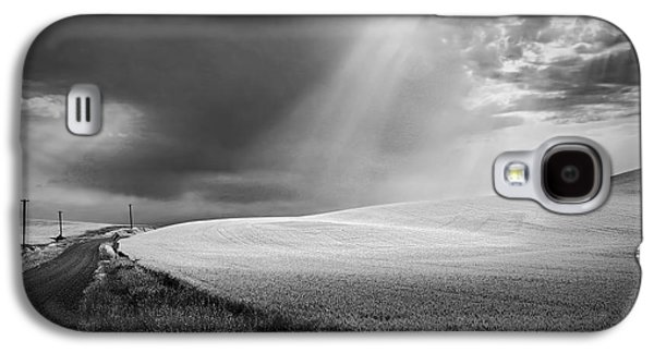Telephone Poles Galaxy S4 Cases - Approaching Storm Galaxy S4 Case by Latah Trail Foundation