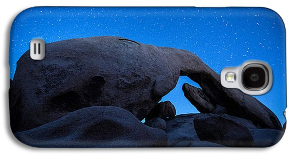 Photographs Galaxy S4 Cases - Arch Rock Starry Night 2 Galaxy S4 Case by Stephen Stookey