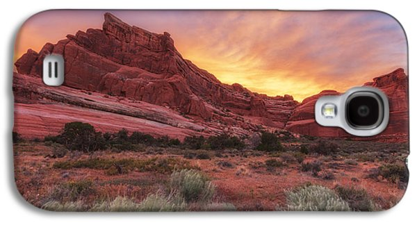 Sunset Greeting Cards Galaxy S4 Cases - Arches Fire in the Sky Galaxy S4 Case by Darren  White