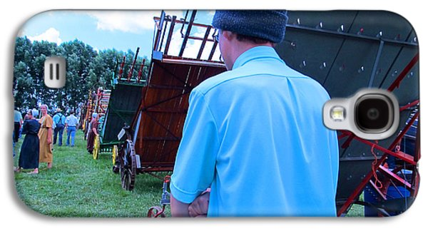 Amish Community Photographs Galaxy S4 Cases - Are You Coming This Way Galaxy S4 Case by Tina M Wenger
