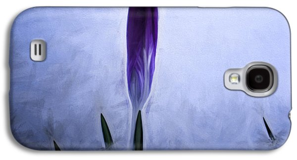 Paiting Galaxy S4 Cases - Artistic painterly Crocus in snow Galaxy S4 Case by Leif Sohlman