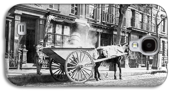 Horse And Cart Digital Art Galaxy S4 Cases - Ash Cart New York City 1896 Galaxy S4 Case by Unknown