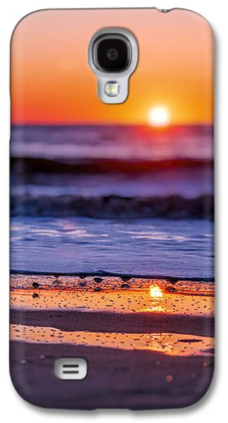 Sunsets Galaxy S4 Cases - Assateague Sunrise - Ocean - Virginia Galaxy S4 Case by Sharon Norman