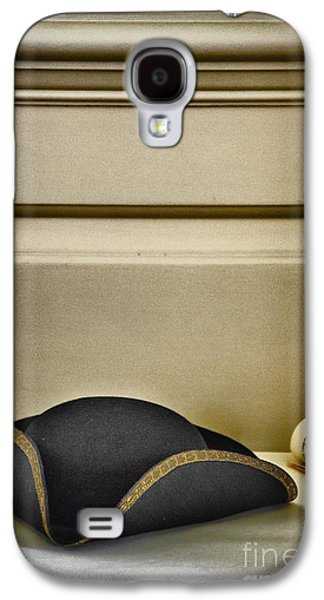 Colonial Man Photographs Galaxy S4 Cases - At The Ready Galaxy S4 Case by Margie Hurwich