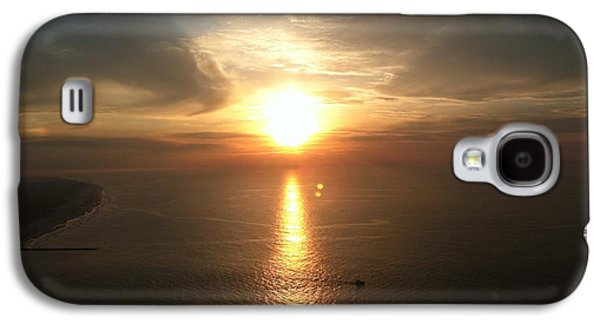 Reflection Of Sun In Clouds Galaxy S4 Cases - Atlantic City Sunset Galaxy S4 Case by John Telfer