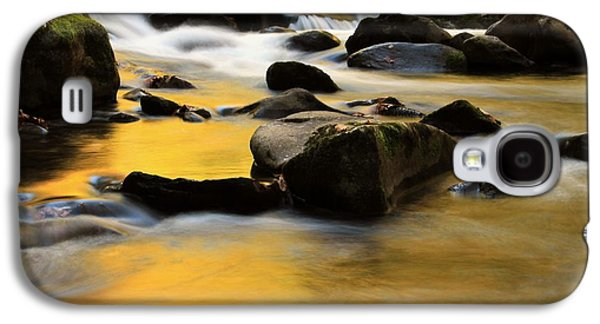 Quiet Time Photographs Galaxy S4 Cases - Autumn In The Water Galaxy S4 Case by Dan Sproul