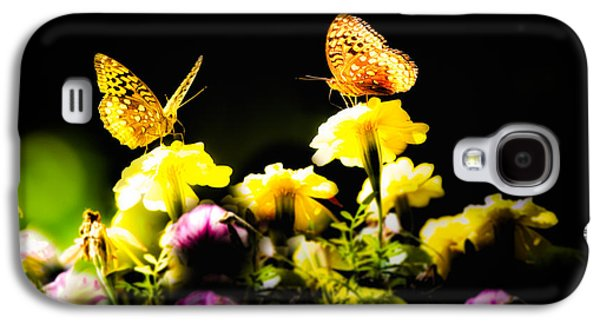 Friends Photographs Galaxy S4 Cases - Autumn is when we first met Galaxy S4 Case by Bob Orsillo
