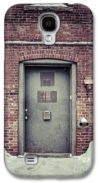 Concord Galaxy S4 Cases - Back door alley way Galaxy S4 Case by Edward Fielding